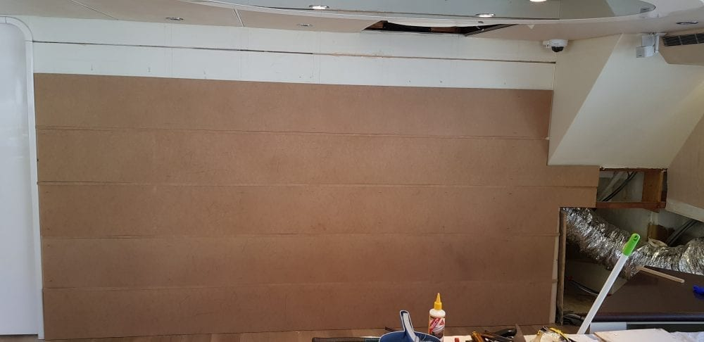 20190215 130521 1000x486 - Construction of the feature wall on AQA